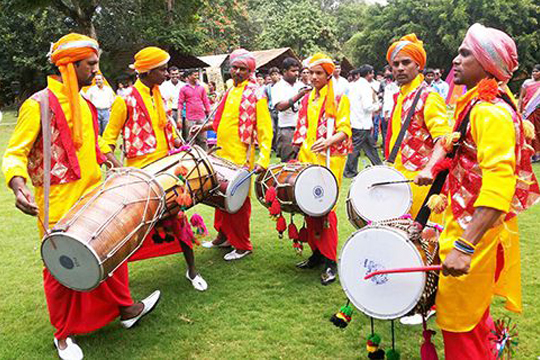 punjabi dhol bhangra for wedding